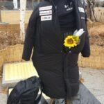 【画像有】寒かったからか…慰安婦像に日本のダウンジャケット着せられ大炎上。