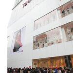 ユニクロさん「韓国店舗を閉店したら営業利益が23%も増加してユニクロ史上2位の黒字になった」