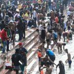 (画像) 「マスクより信仰が身を守る」 数十万人のヒンズー教徒たちがガンジス川で沐浴を実施