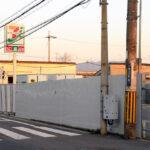 セブンイレブン、係争中の店舗の駐車場に仮設店舗を計画 元店主側は反発