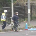 【下り坂】歩道の自転車が車道に転倒。ちょうど走ってきたバスに轢かれ、武南海斗君(15)死亡。