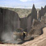 【速報】 バイデン、トランプが建設中だった国境の壁、建設再開
