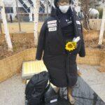【速報】少女像に日本製ダウンコートを着せた男性が逮捕されてしまう・・・・・・(画像)