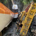 台湾で日本製の特急電車脱線 36人死者 けが人多数(画像あり)