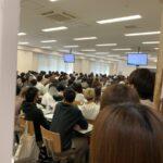 近畿大学「オンライン授業は認めん!学生は全員大学へ来い!」→教室がどちゃ密になってしまう