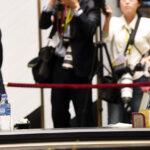 韓国政府「(慰安婦問題は)日本が誠意を持って謝れば終わる話。」