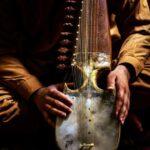 タリバン、人気歌手を殺害 「イスラムにおいて音楽は禁止」  [421685208]