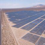 【大丈夫?】バイデン政権「2050年までに電力の45%を太陽光にする」  [896590257]