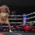 ボクシング元ヘビー級王者・ホリフィールド(58)が10年ぶりに現役復帰するも初回TKO負けに大ブーイング  [632443795]