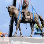 世界が韓国に追いついた!  南北戦争の南軍司令官リー将軍の銅像撤去 [725951203]