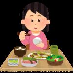 【悲報】アメリカの朝食、パンと目玉焼き2つとサラダで3500円 糞国すぎワラタwww  [128776494]